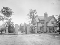 Old black and white photograph of Willistead Manor's Gate House