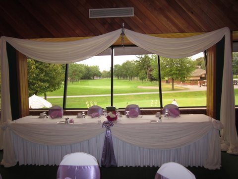 Roseland wedding tables overlooking the 18th hole